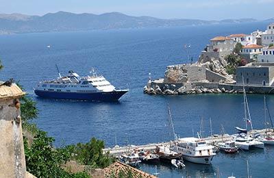 Veerboten naar de Saronische eilanden